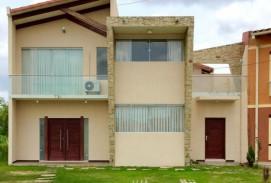 ID 330 - Hermosa Casa de dos plantas en Condominio cerrado