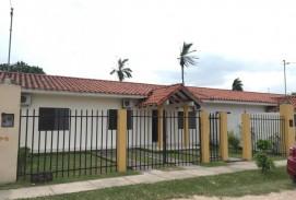 Casa al NORTE con Piscina - Valle Sanchez