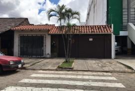 HERMOSA CASA DE 2 PLANTAS EN VENTA