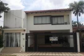 Hermosa casa en venta directo con propietarios