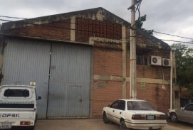 ESPECTACULAR TERRENO  EN LA BANZER 7MO ANILLO ALADO DEL COLEGIO SAN LORENZO