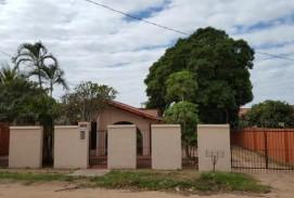 Ocasion Linda Casa Familiar