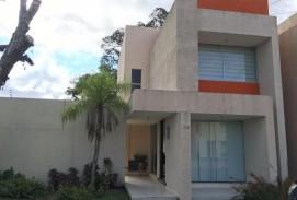 Linda Casa en Condominio Cannara
