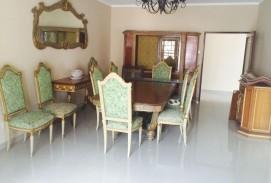 Casa ideal para empresa a una cuadra de la Av. Paragua.