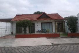 En Venta Hermosa y Amplia casa en el B. Ramafa!!!