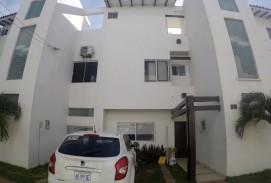 Casa en venta en condominio zona sur