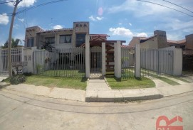 Casa en venta zona Urubo zona villa bonita