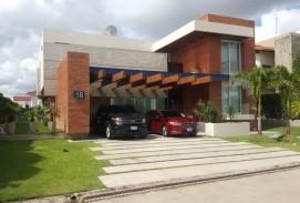 Casa en Colinas del Urubo sector 1