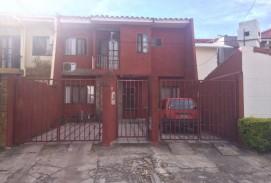 Casa de 2 Pisos En  Venta Av. Banzer