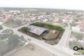 Terreno en venta 2268 m2 av. Paralela canal Isuto 4to y 5to anillo