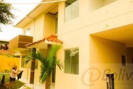 Casa en Venta (Barrio Los Mángales) entre 3ro y 4to anillo Entre Radial 19 y Av. Pirai