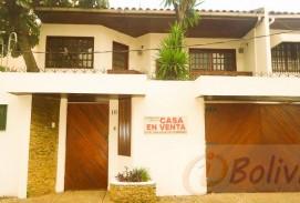 Casa en Venta Av. Suarez Arana entre 1ro y 2do anillo