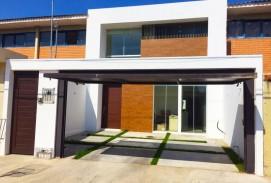 Hermosa Casa en Barrio Hamacas
