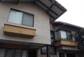 Hermosa casa en venta en condominio