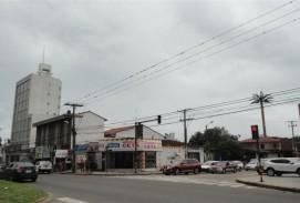 Casa sobre el Primer anillo esquina Av. Charcas