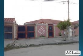 Bonita Casa en Venta por la Av. Santos Dumont