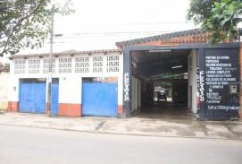 Casa y Galpón ideal para vivienda y negocio, a metros de la terminal bimodal y los ferreteros de la Brasil
