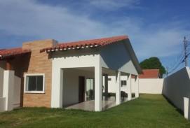 En Venta, Hermosa Casa En Venta, 3 Dormitorios, Zona Norte
