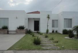 CASA EN VENTA en Condominio Santa Cruz de La Colina, Urubó.