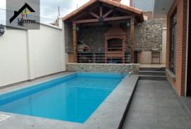 Hermosa Casa en Venta (Amancayas) km 6,5 a sacaba